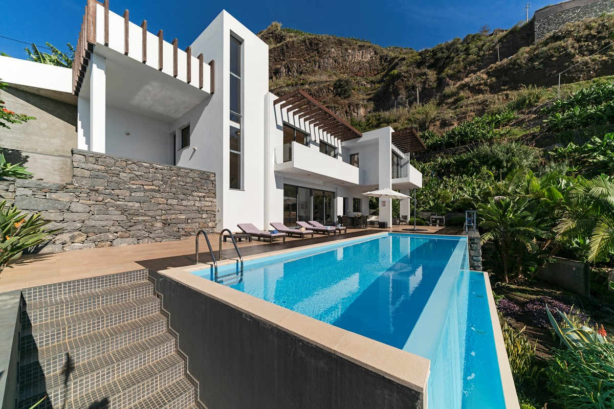 2 Our Madeira Designhouse Facade And Pool