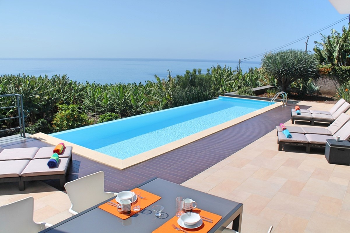 3 Our Madeira Designhouse Sunterrace Pool View