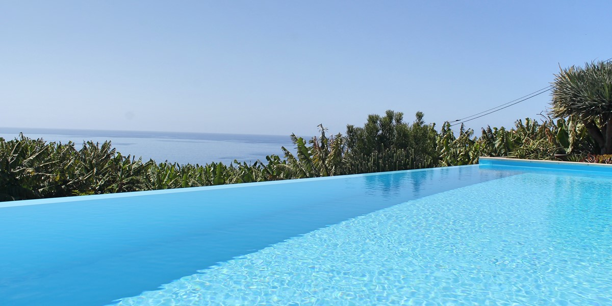 5 Our Madeira Designhouse Pool And View