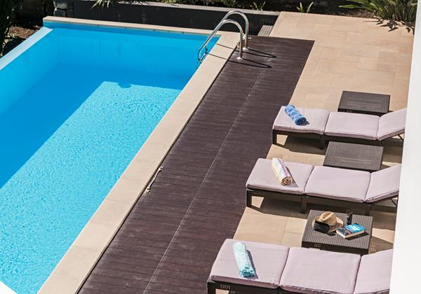 19 Ourmadeira Designhouse Chairs And Pool