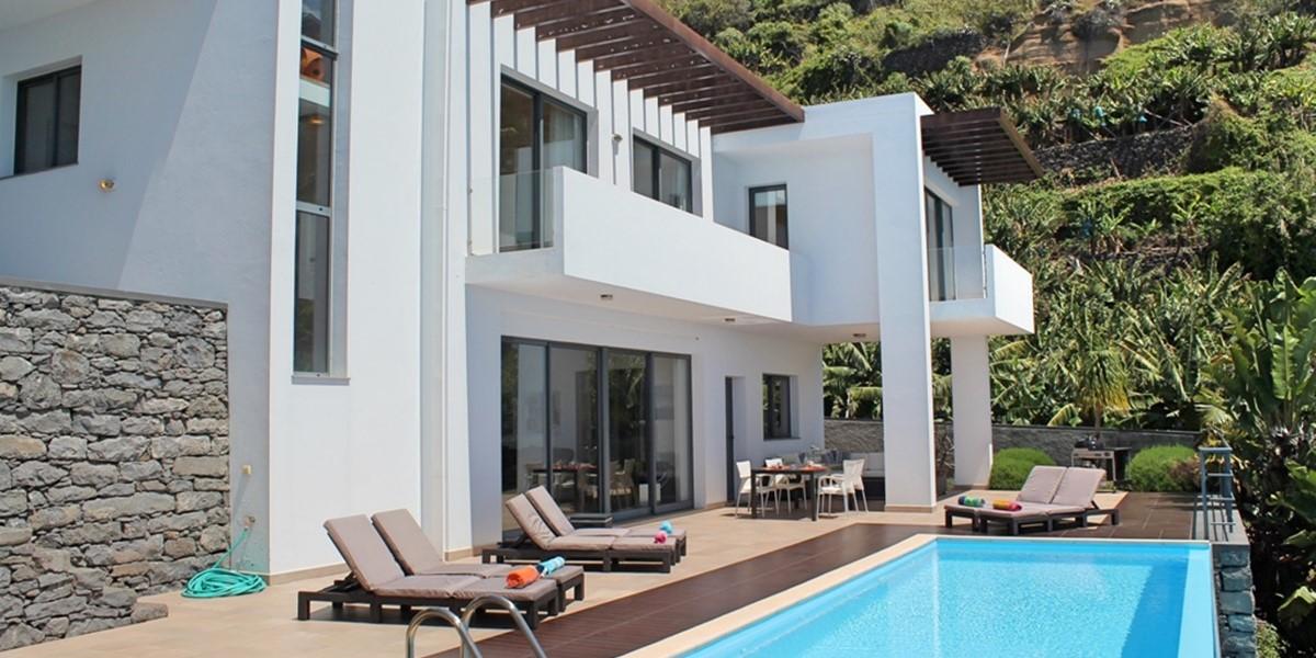 24 Our Madeira Designhouse Exterior West 5
