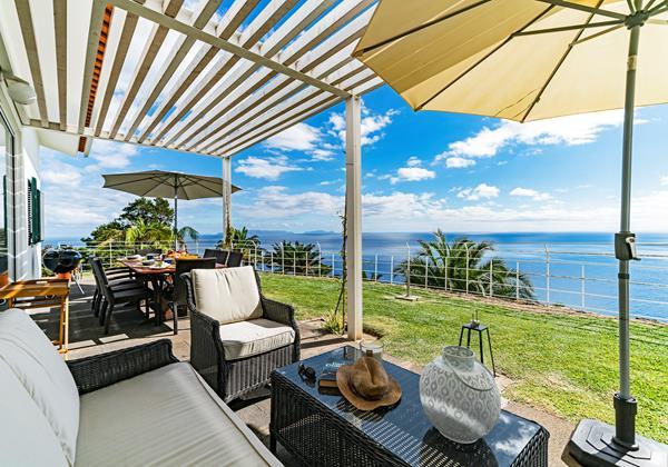 Our Madeira - Villas in Madeira with Seaview - Villa Da Falesia