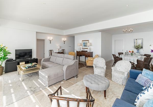8 Our Madeira Villa Da Falesia Living Room