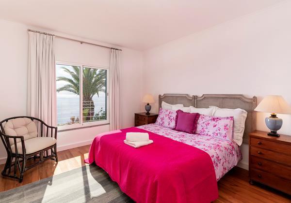 11 Our Madeira Villa Da Falesia Masterbedroom