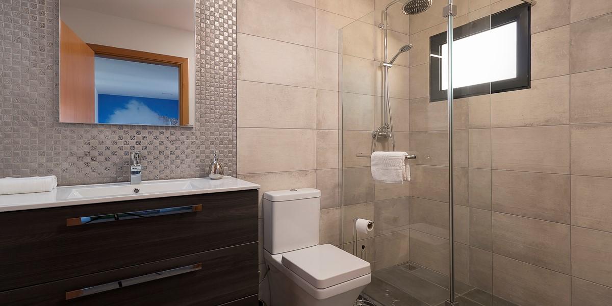 11 Our Madeira Casa Da Rosalina Bathroom 1