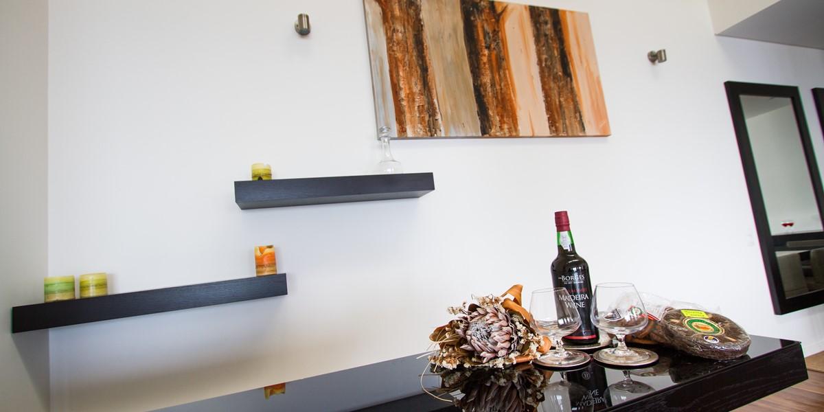 9 Our Madeira Fonte Do Mar I Living Room Bar