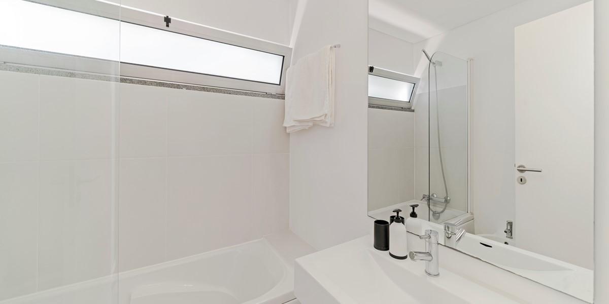 23 Our Madeira Fonte Do Mar 1 Bathroom