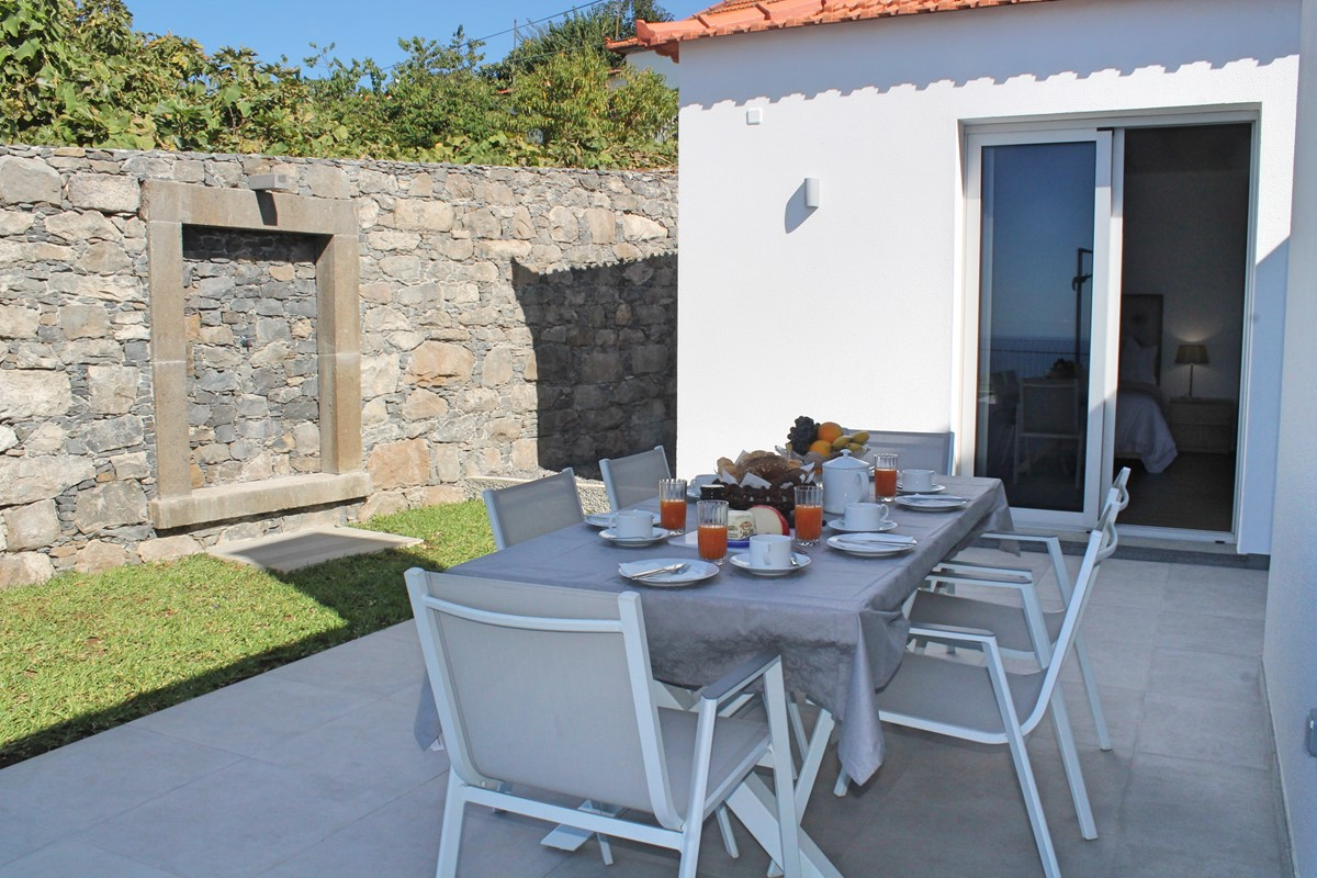 20 Calheta Heights Dining Outdoor And Bedroom 3