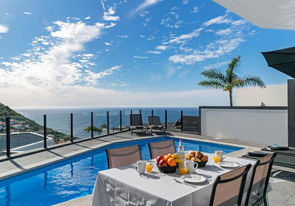 Our Madeira - Villas in Calheta - Calheta Charm