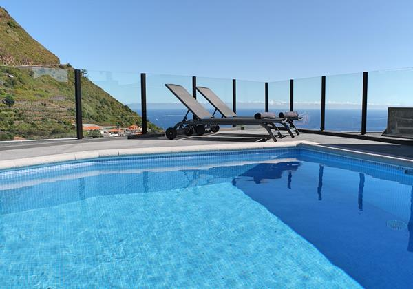 OurMadeira - Villas in Madeira with Heated Pool - Calheta Charm
