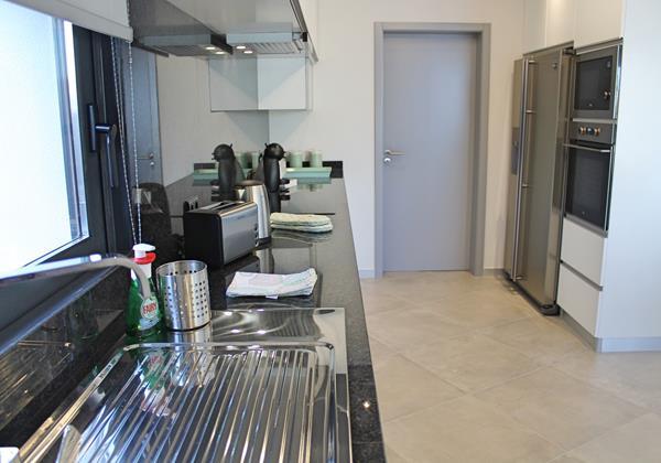 9 Ourmadeira Calheta Charm Kitchen