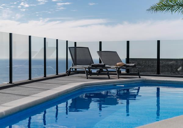 Our Madeira - Villas in Madeira with Seaview - Calheta Charm
