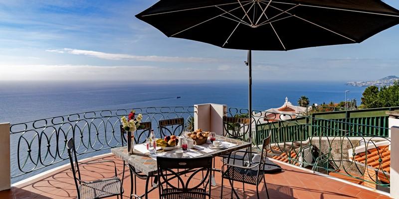 Our Madeira Villas in Madeira with Seaview - Villa Aquarela Terrace