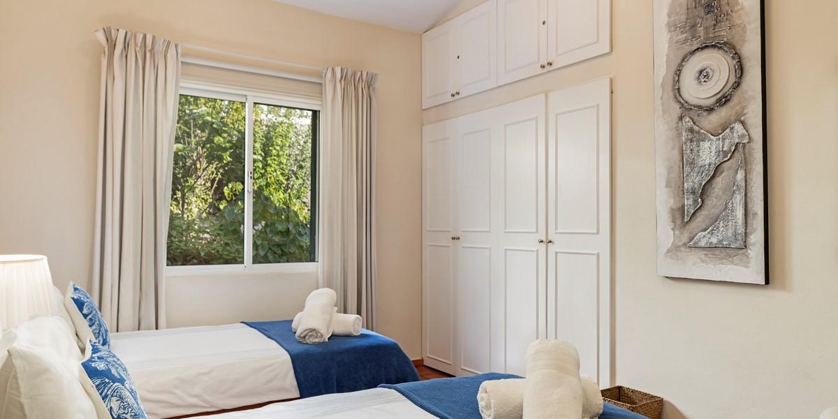 20 Our Madeira Aquarela Twin Bedroom