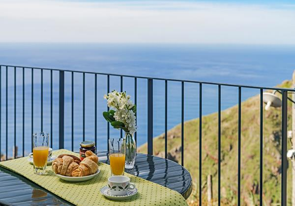 Ourmadeira - Apartments in Madeira with Seaview - Top Of The Cliff