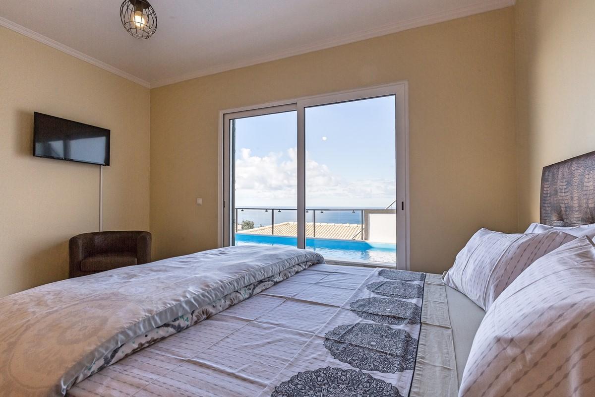 15 Ourmadeira Casa Da Belita Bedroom Master And View