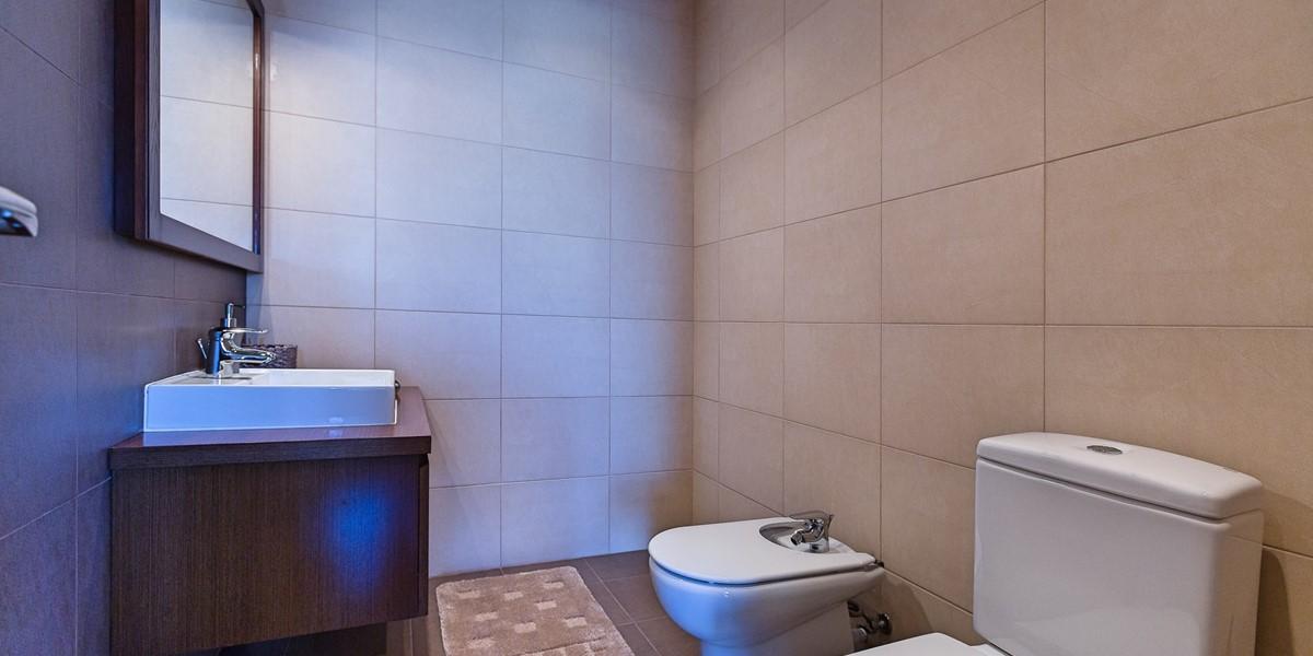 23 Ourmadeira Casa Da Belita Guest Toilet