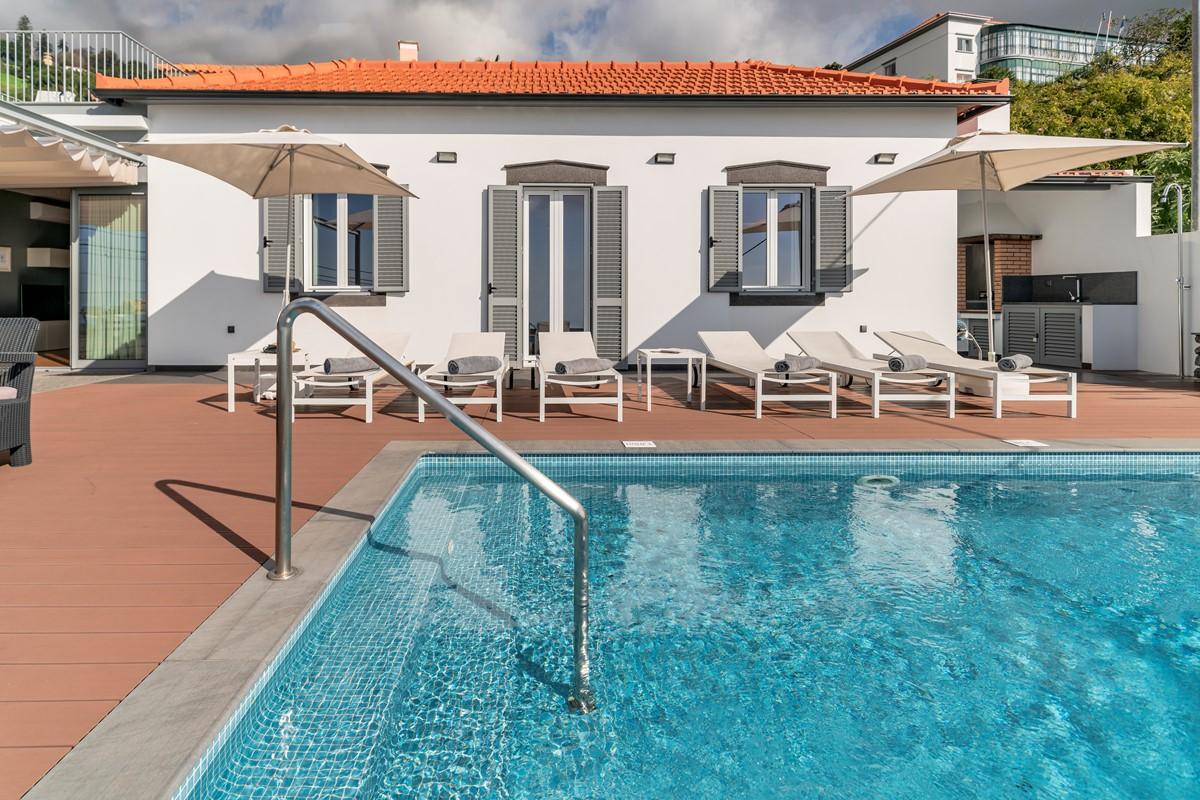 4 Our Madeira Vila Da Portada Facade And Pool
